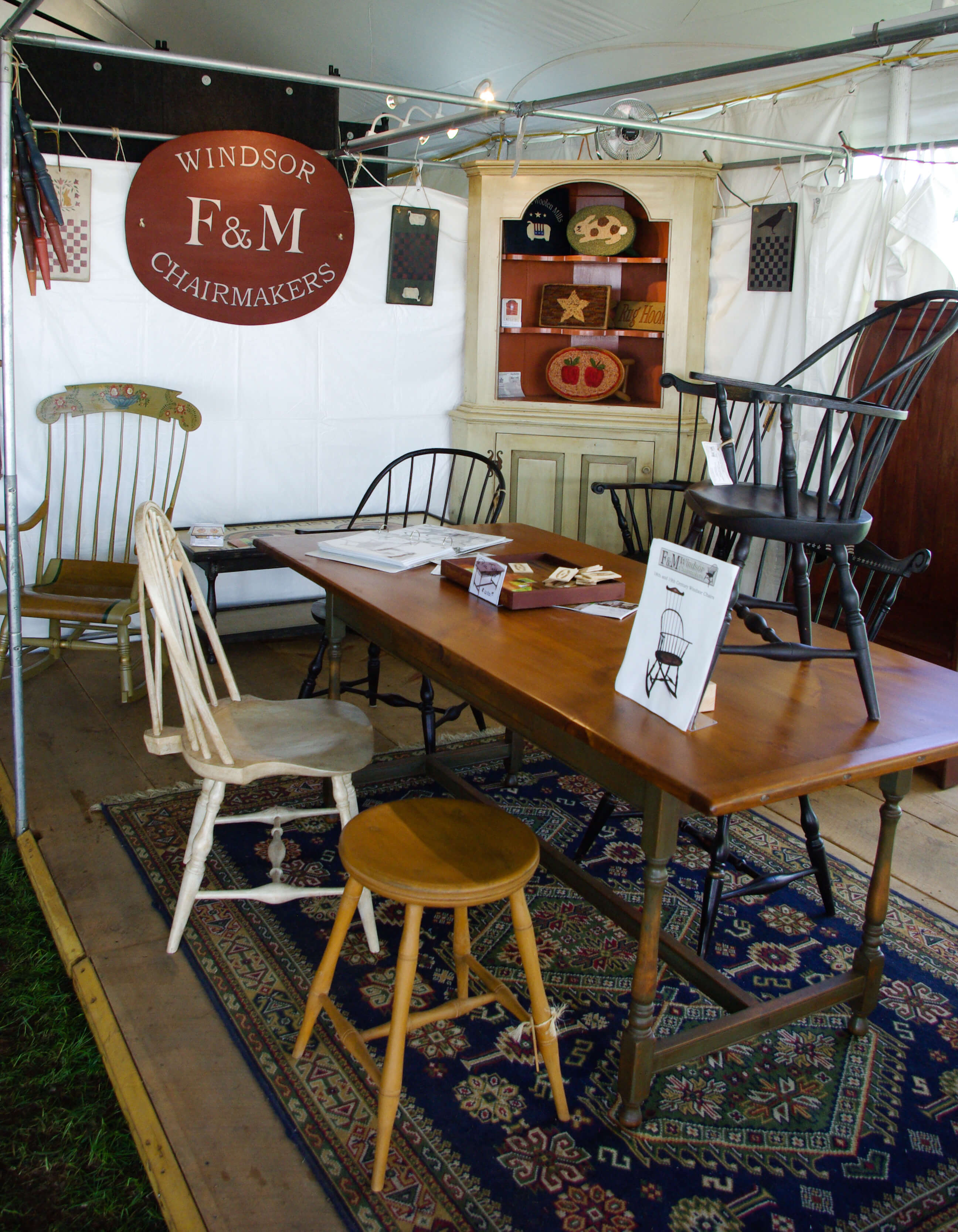 Handmade Country Chairs At The Woodstock New Paltz Art Crafts Fair F M Chairmakers