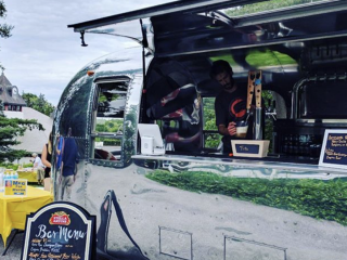 Craft Beer and Wine from Airstream Bar Woodstock-New Platz Art & Crafts Fair