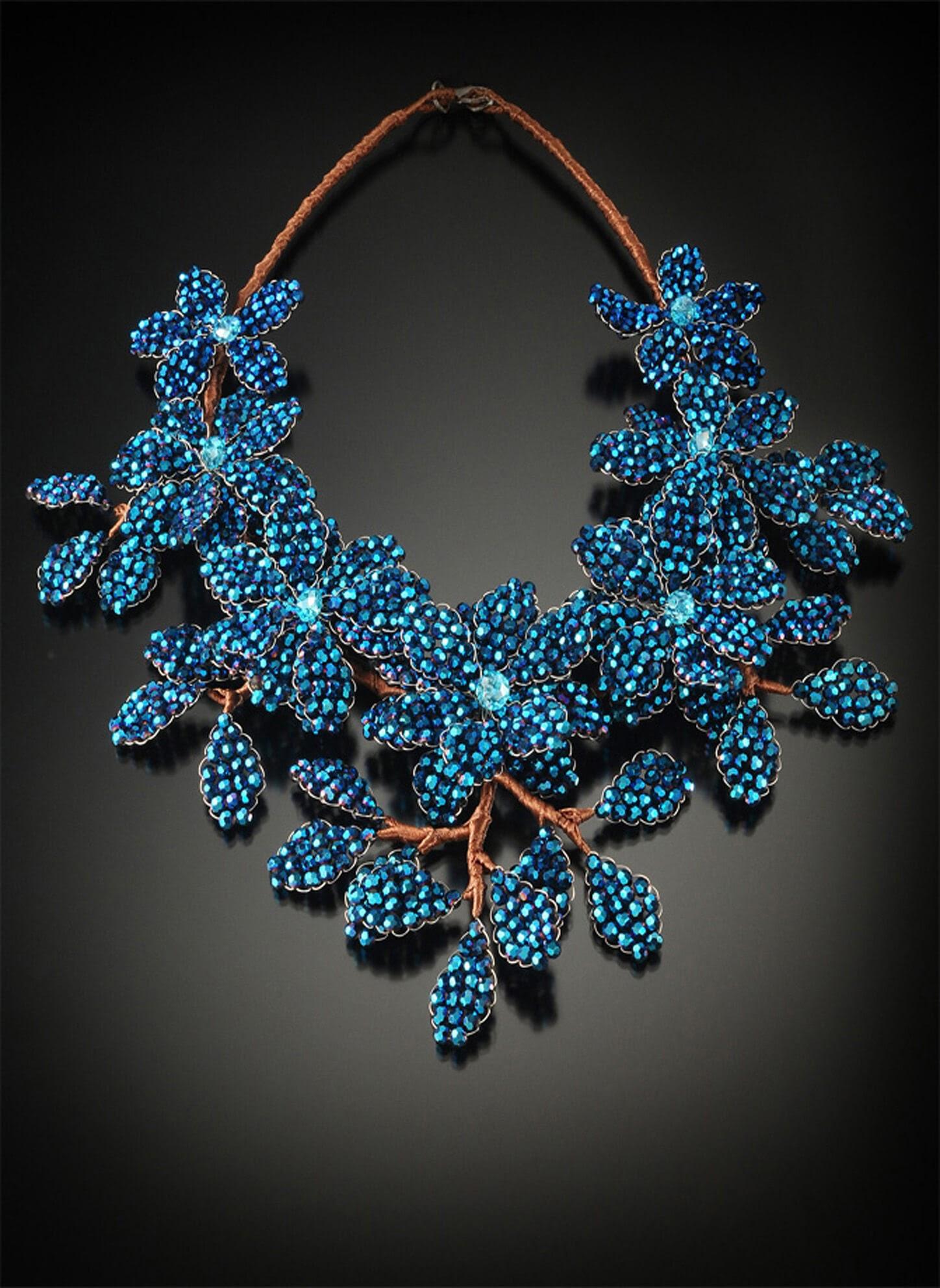 Lakkana Conti, Sarapaan, Jewelry 3