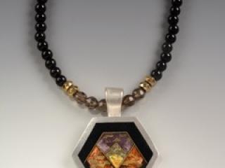 Helen Hosking, Hexagon Pendant, handmade jewelry, gold, cloisonne and champleve enamel on smokie quartz and onyx beads