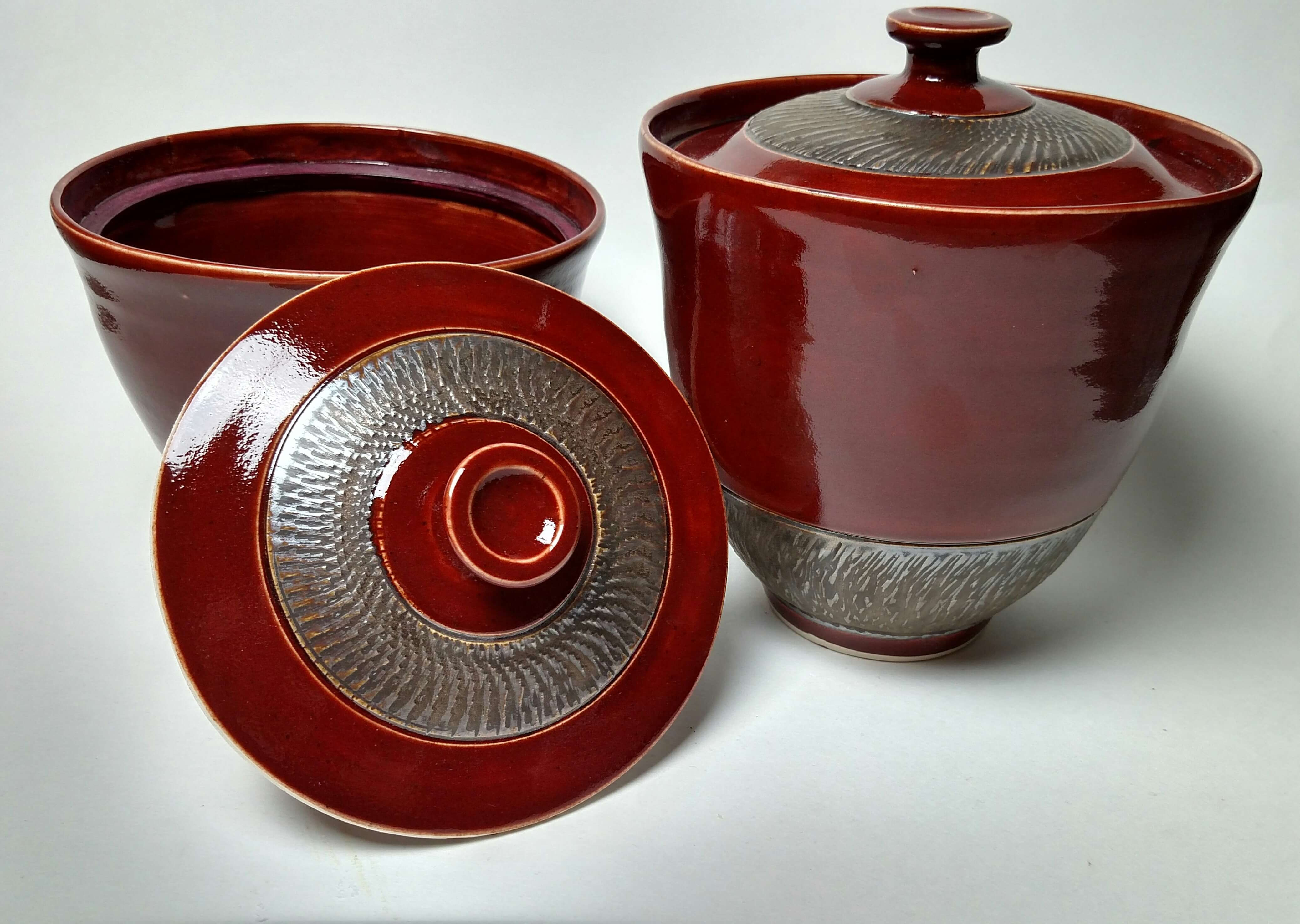 Tabletop Pottery by Ava Ava Thaw