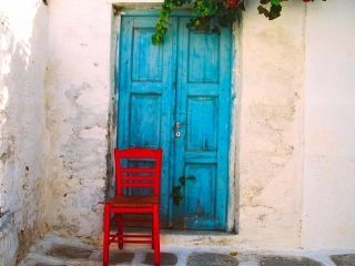 Claude Taylor, Claude Taylor Photography, blue doors, red chair, European tourism photography