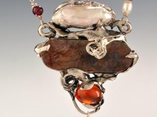 Harriet Forman Barrett: Cameo Jewelry