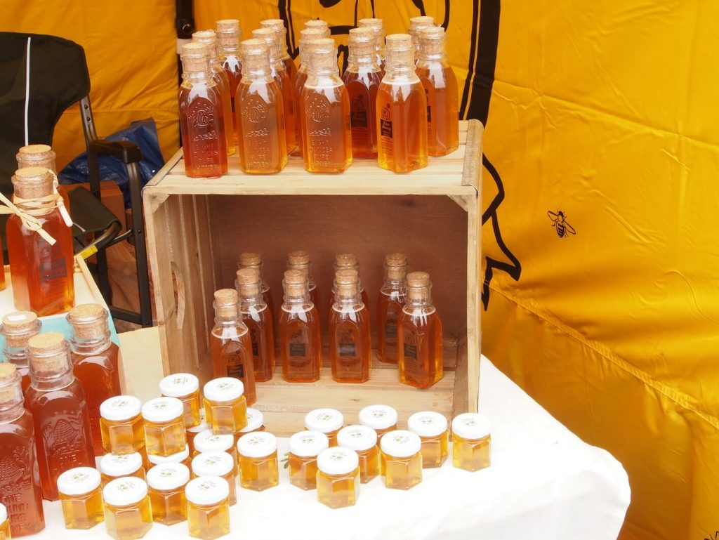 Laura's Raw Honey from Doan's Honey Farm, handcrafted specialty foods, beekeeper, honey, raw honey, handmade