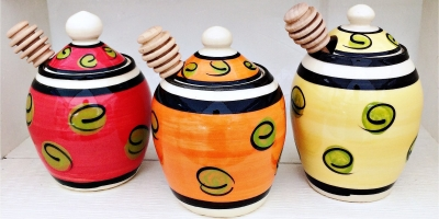 Su Chi Pottery by Susan Shannon